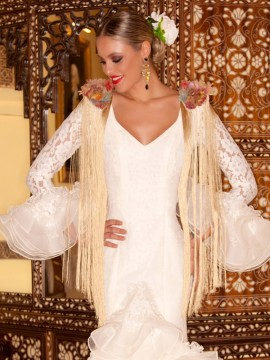 well-made-lace-beige-organza